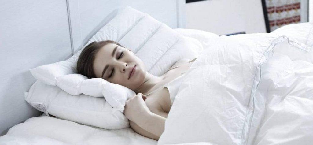 dormir avec un plug anal 1080x
